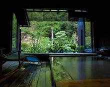 桧の半露天風呂